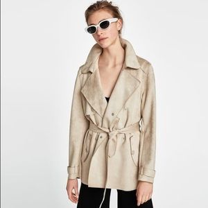 New condition ZARA SHORT FAUX SUEDE TRENCH COAT